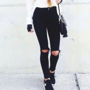Abercrombie | Black Ripped Skinny Jeans
